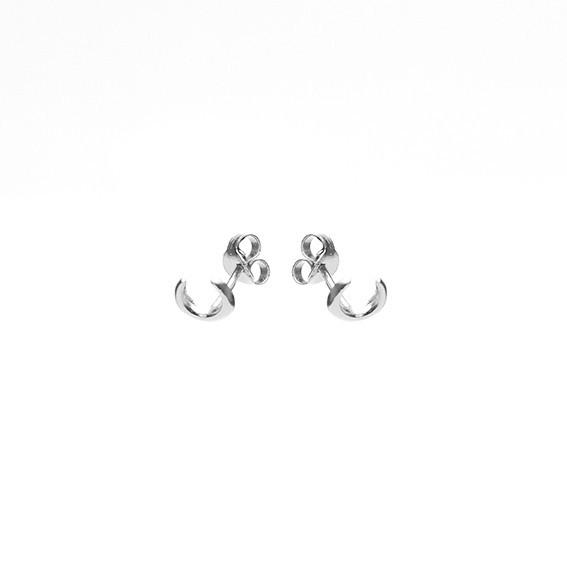 Karma minimalistische oorbellen symbols tiger tooth 925 sterling zilver (per paar)