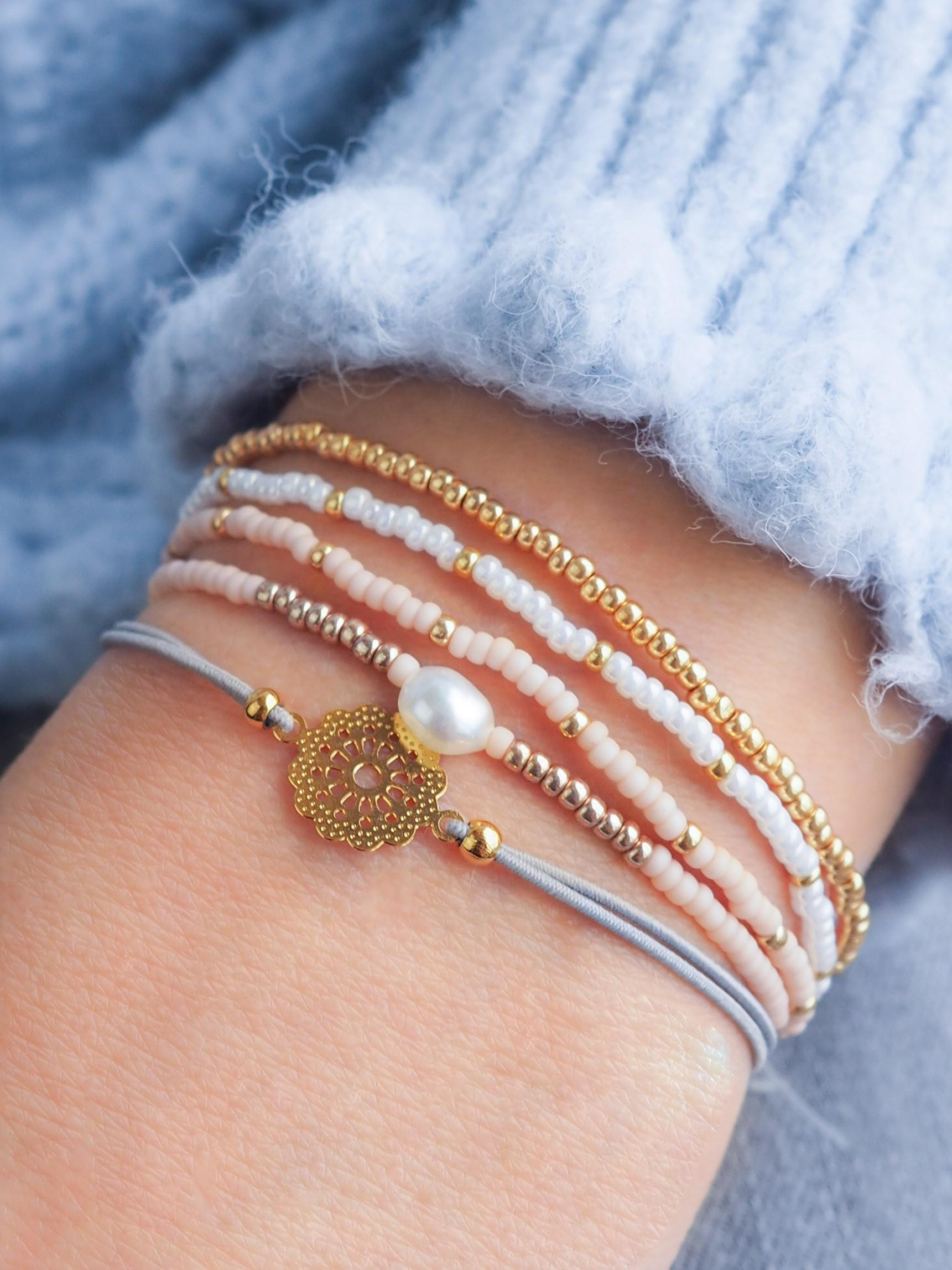 DIY pakket pastel armbanden set met bohemian bedel