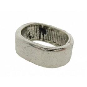 Metalen schuiver ovaal zilver 10x13mm (voor meerdere koorden leer)