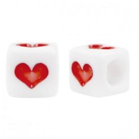Acryl vierkante kraal met hartje rood 6mm