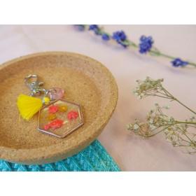DIY pakket sleutelhanger droogbloemen roze geel zilver