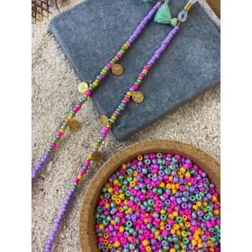 DIY pakket kralen zonnebrilkoord paars met muntjes en turquoise kwastjes