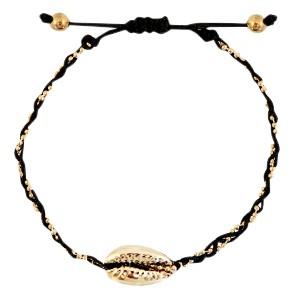 armbandje-gevlochten-black-gold-kauri-schelp-goud