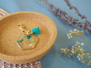DIY pakket sleutelhanger droogbloemen blauw goud