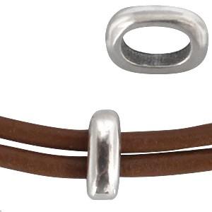 DQ metalen schuiver ovalen ring zilver 8x6mm (voor 5mm plat leer/koord)