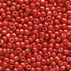 Glaskralen rocailles 12/0 2mm rond 8 gram crimson red