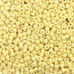 Glaskralen rocailles 12/0 2mm rond 8 gram soft yellow