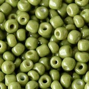 Glaskralen rocailles 6/0 4mm rond 8gram moss green