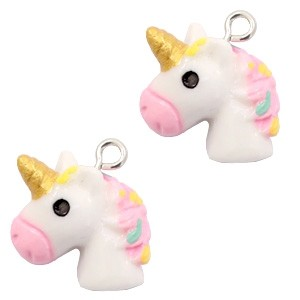 Hanger 19x17mm small unicorn white-rainbow