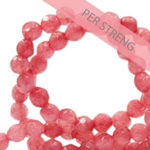 Natuursteen kralen facet geslepen rond 4mm coral red (per streng +/- 90 stuks)