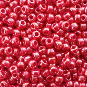 Miyuki rocailles 11/0 (2mm) 5 gram opaque luster red