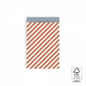 Papieren cadeauzakjes / inpakzakjes stripe diagonal faded red - ice blue 12x19cm (per 5 stuks)