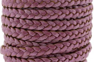 Plat gevlochten leer 5mm metallic fuchsia rood per 20cm