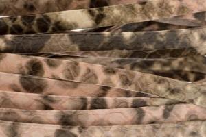 Plat leer met print 5mm python rose per 20cm