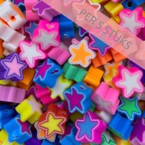 Polymeer kralen sterren multicolour wit 9mm (per 5 stuks)