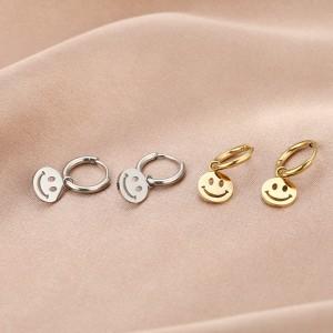 Stainless steel oorbellen / creolen smiley 10mm zilver en goud
