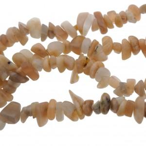 Streng 85cm chip stone edelsteen zonnesteen 5-8mm (circa 190 stuks)