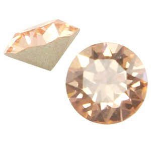 Swarovski puntsteen SS24 light peach