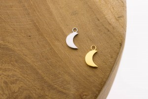 Karma symbols moon 925 sterling zilver en goldplated 10mm (per stuk)
