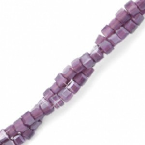 Vierkante cube facetkraal 2x2mm acai purple opal pearl shine coating